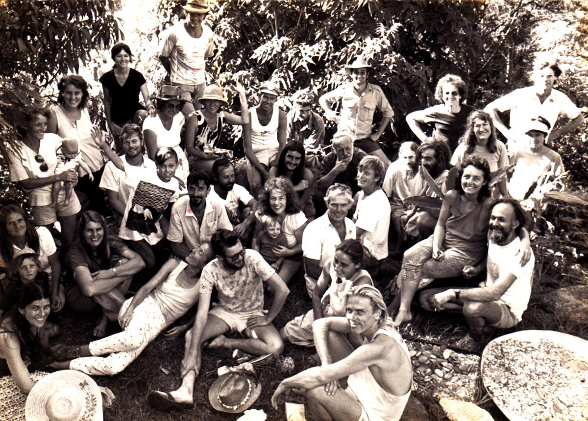 "Workshop co-taught with Bill at ""Mimosa"" in 1988. Bill is right of centre in a pensive mood."